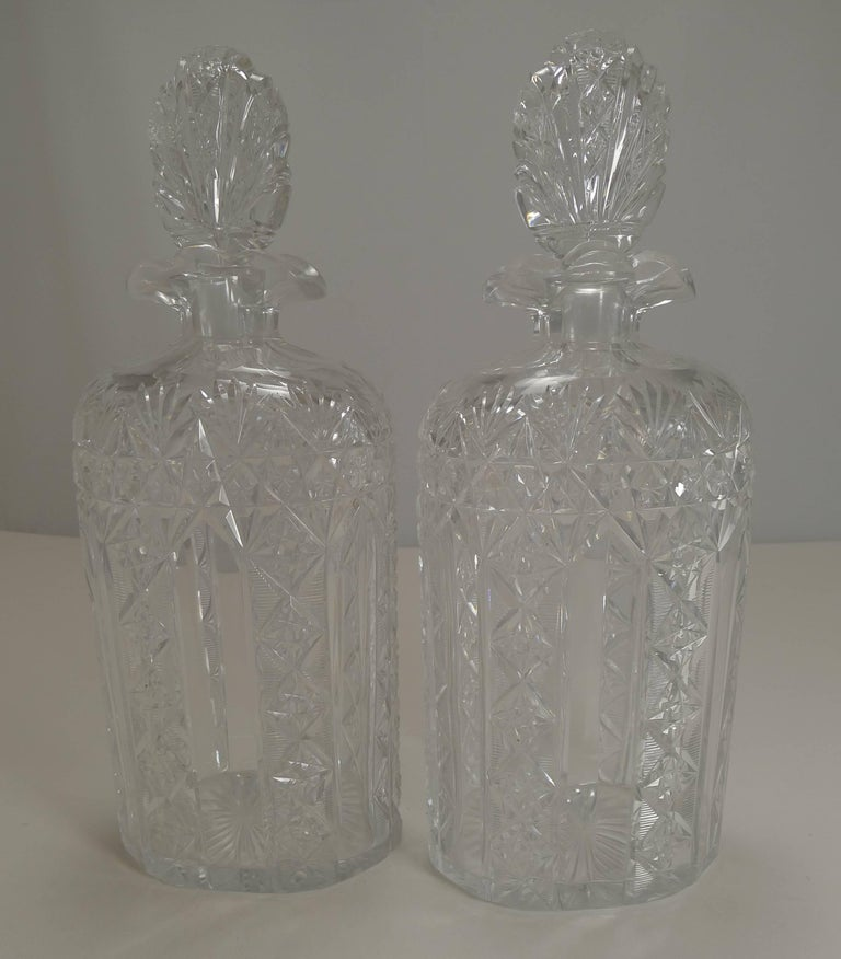 Antique English Tantalus Exceptional Cut Crystal Oval Decanters, circa 1890 For Sale 1