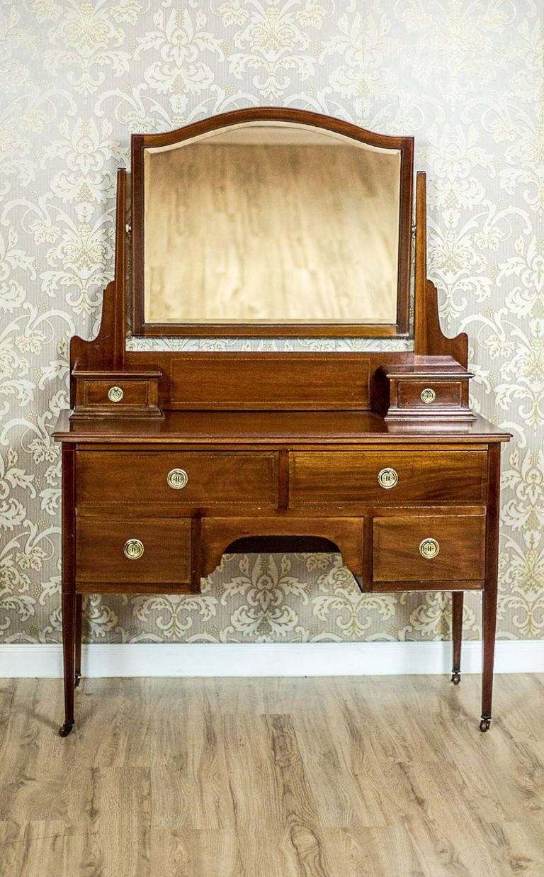 Antique English Vanity Veneered with Mahogany, circa 1890 2