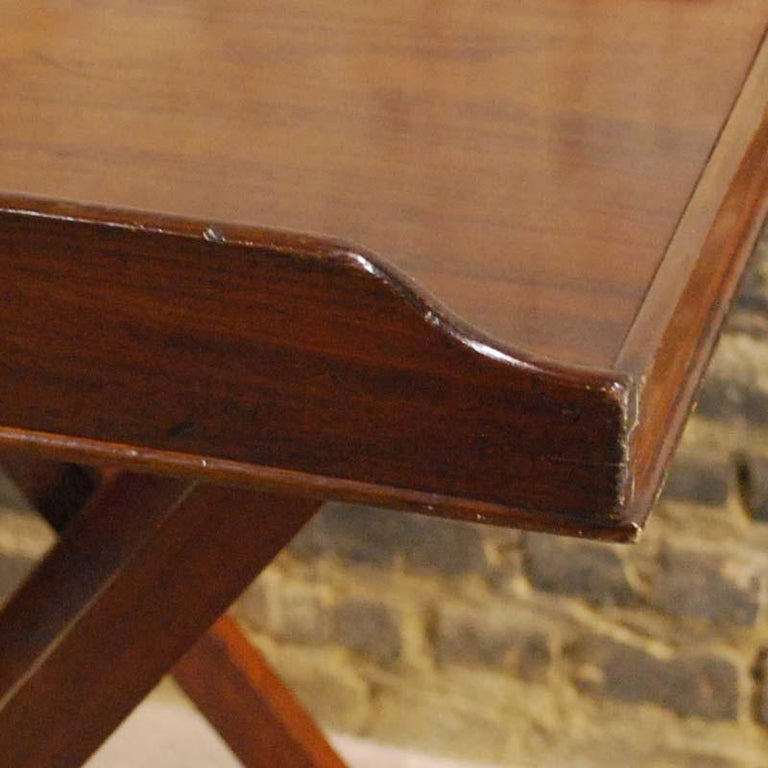 Antique English Victorian Butler's Tray Table in Mahogany on Folding Stand For Sale 4