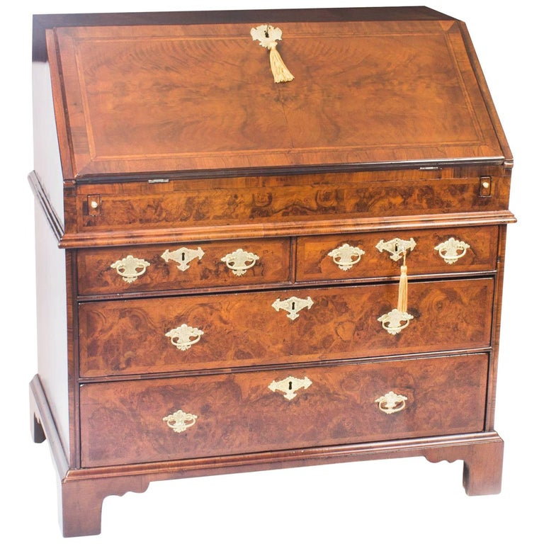 Antique English William & Mary Walnut and Feather Banded Bureau, 17th Century