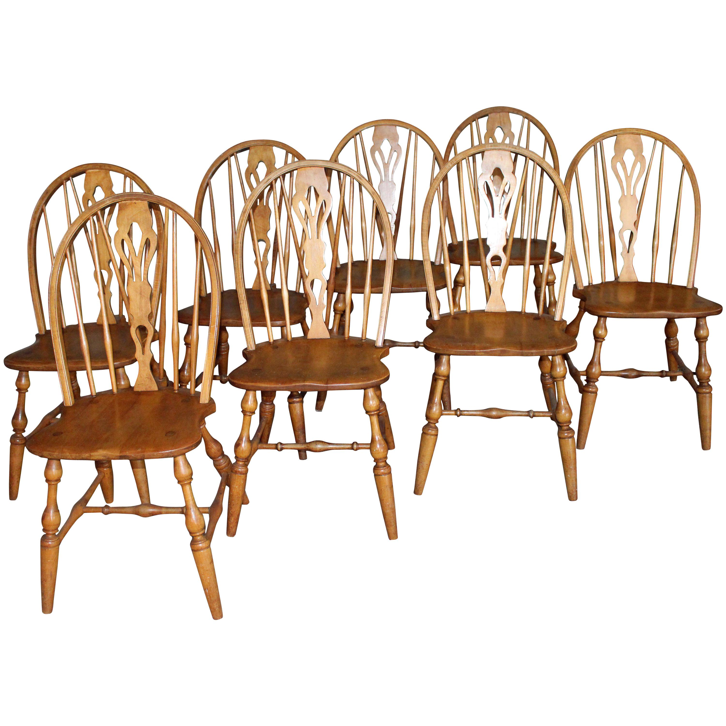 Antique English Windsor Bow-Brace Back Dining Chairs with Decorative Splat