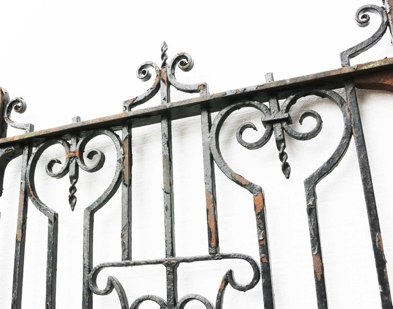 Antique English Wrought Iron Garden / Pedestrian Gate In Fair Condition For Sale In Wormelow, Herefordshire