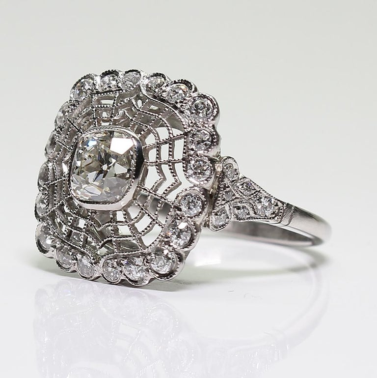 Antique Estate Platinum Diamond Edwardian Style Engagement Ring In Excellent Condition For Sale In Scottsdale, AZ