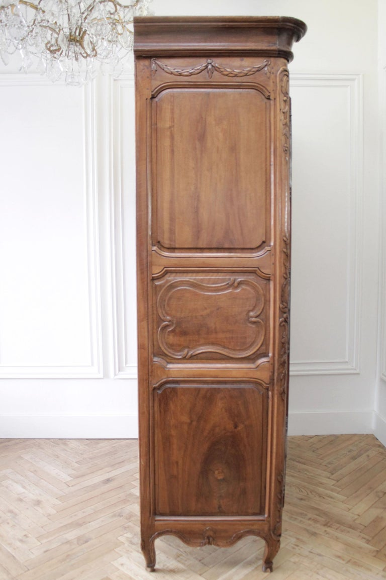 Antique European French Provincial Carved Roses Armoire Cabinet For Sale 6