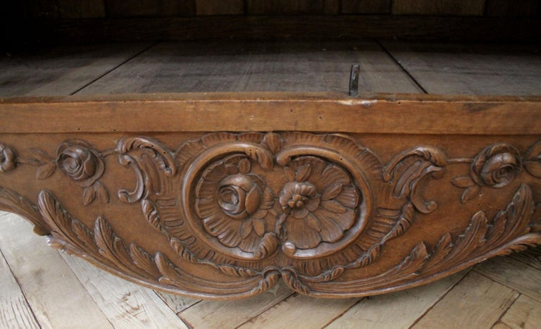 Antique European French Provincial Carved Roses Armoire Cabinet For Sale 12