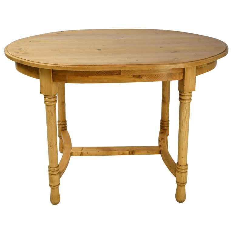 Antique European Oval Table in Pine, Danish or German, circa 1900 For Sale