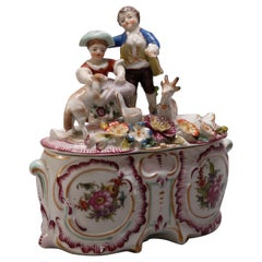 Antique Figural German Meissen School Painted and Gilt Porcelain Dresser Box