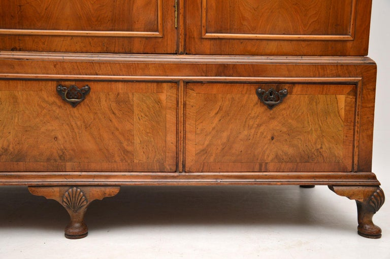 Antique Figured Walnut Three-Door Wardrobe For Sale 2