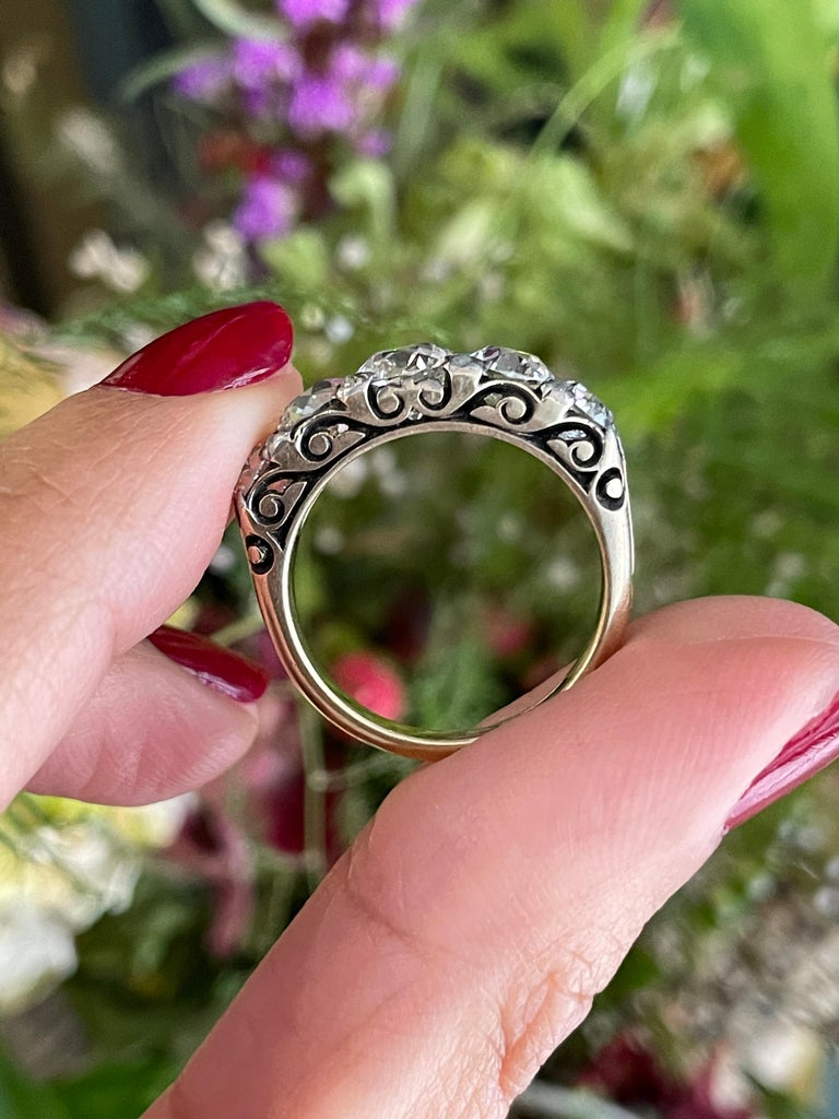 Antique Five-Stone Hand Carved Ring, circa 1910 For Sale 2