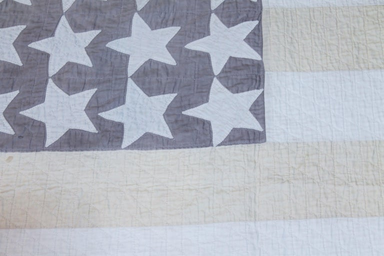 American Antique Flag Quilt from 1915 Hand Sewn Stars For Sale