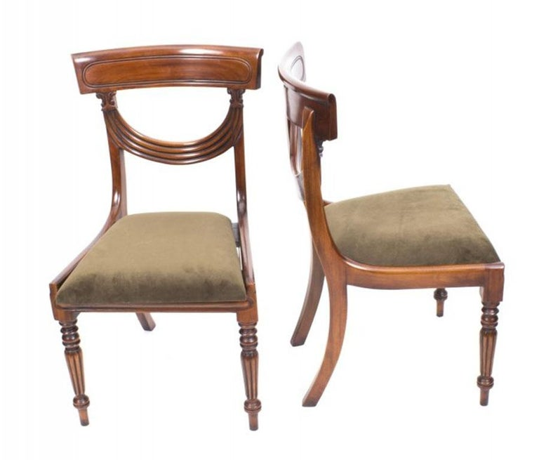 Antique Flame Mahogany Extending Dining Table 19th Century and 10 Chairs For Sale 12