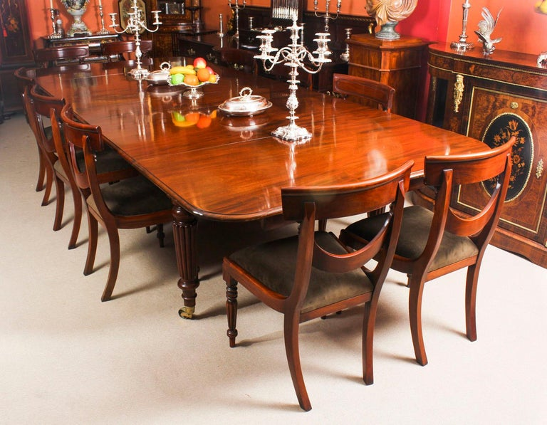 Victorian Antique Flame Mahogany Extending Dining Table 19th Century and 10 Chairs For Sale