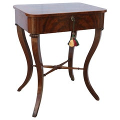 Antique Flame Mahogony English Side Table with Cabriole Legs