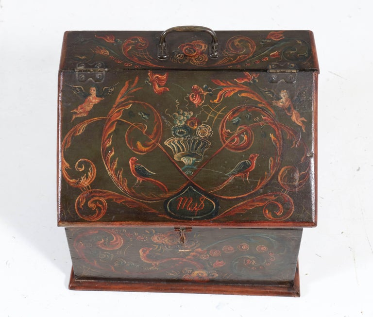 Wonderful and rare Antique Folk Art wooden box.