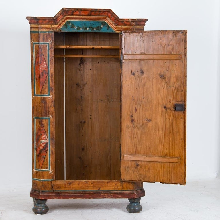 Antique Folk Art Painted Austrian Armoire In Good Condition For Sale In Round Top, TX