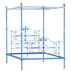 Antique Four-Poster Bed in Blue M4P31