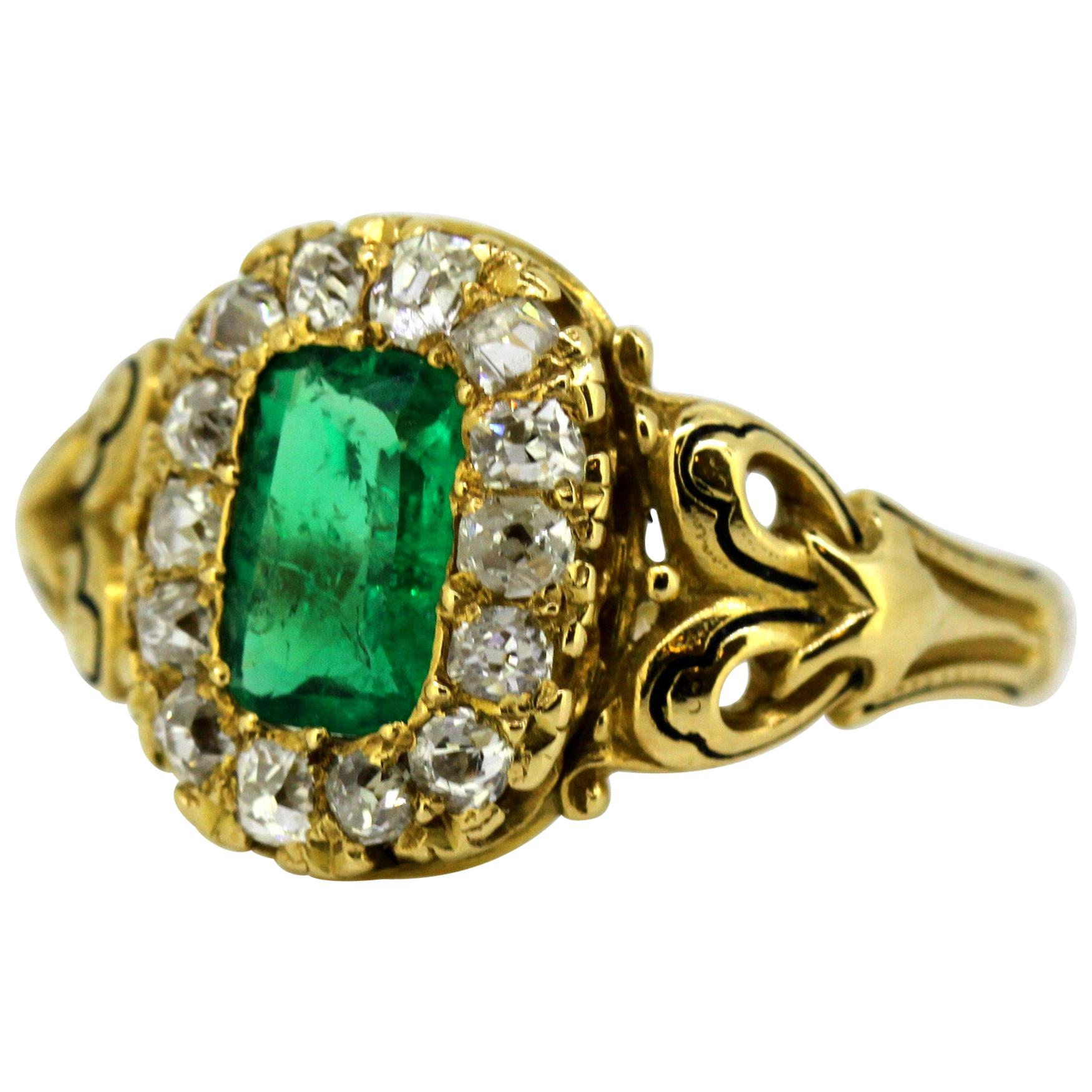 Antique French 18 Karat Gold Ladies Ring with Natural Emerald and Diamonds