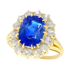 Antique French 4.81 Carat Sapphire 1.26 Carat Diamond Yellow Gold Cluster Ring