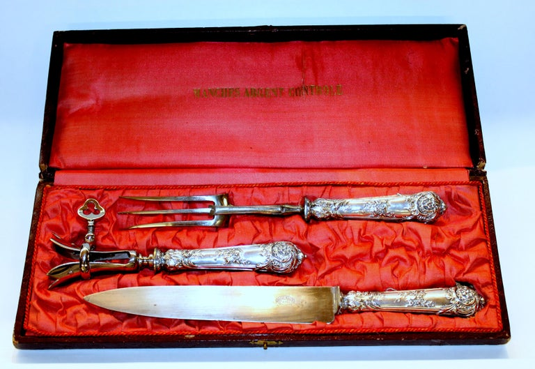 Fabulous antique French .950 fine silver handled Rococo style three-piece carving set with Gigot (bone holder)  Maker's Marks: Manches Argent Controle -Paris- and the