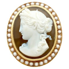 Antique French Agate and Seed Pearl Yellow Gold Cameo Brooch