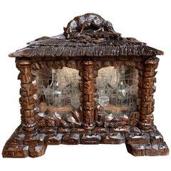 Antique French Black Forest Tantalus Hunt Dog Liquor Box Decanter Cavé à Liqueur