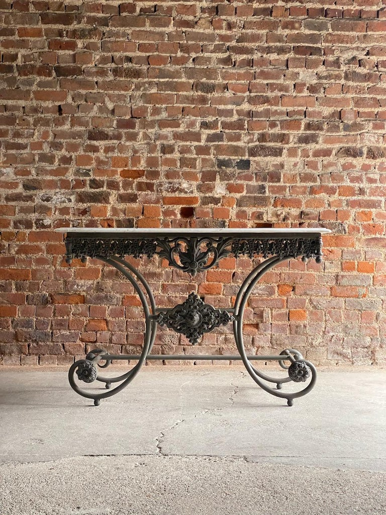 French Provincial Antique French Boulangerie Pastry Table France, circa 1890  For Sale