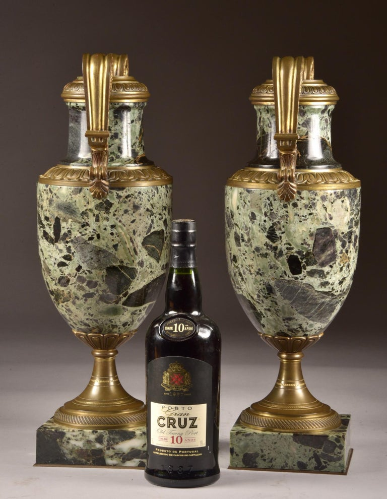 Antique French bronze and marble cassolettes, The vases / cassoltes are 49 x 20 x 17 cm and weigh 13.8 kilograms each. The work is van G. Van der Straeten (1856-1928), but the accompanying bust is sold separately.
