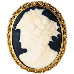 Antique French Brooche Cameo Color Gold, circa 1920