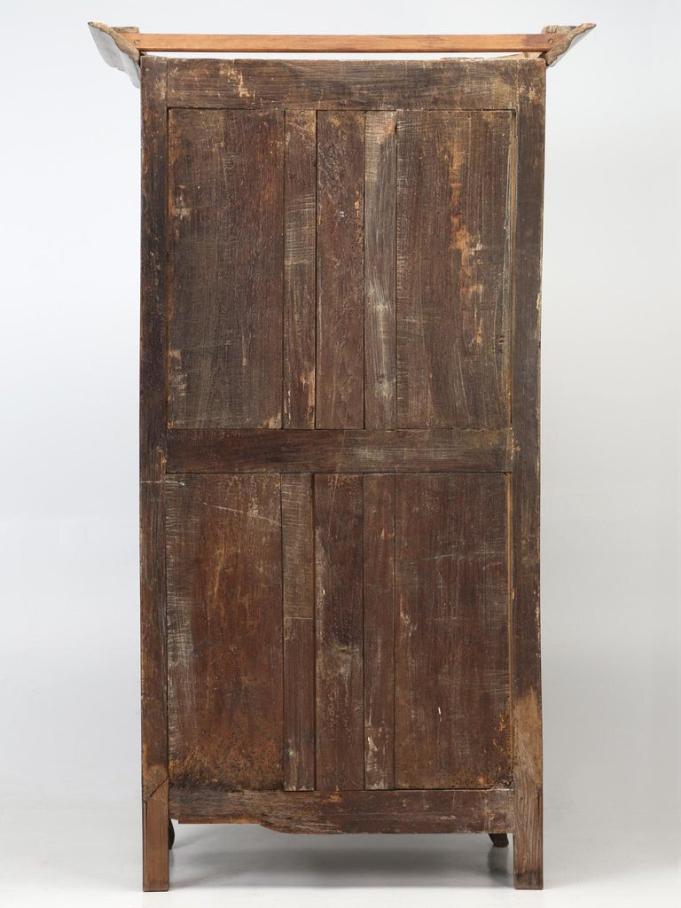 Antique French Cherrywood Bonnetiere 'Small Cupboard', circa 1700s For Sale 13