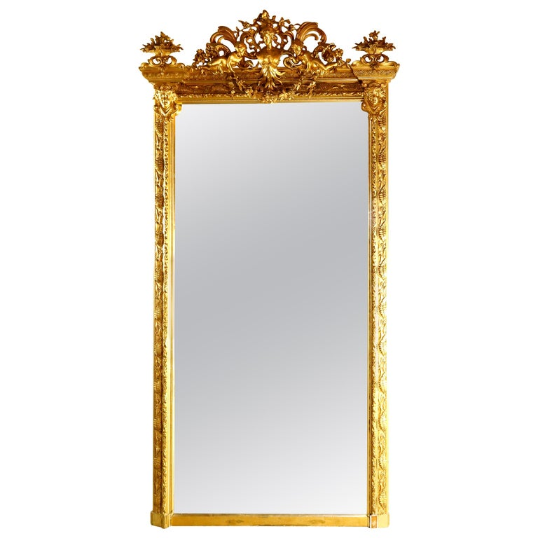 Antique French Classical Baroque Style Figural Giltwood Pier Mirror, circa 1880 For Sale
