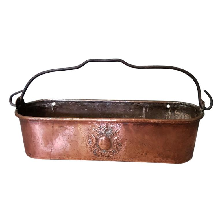 Antique French Copper Fish Pan Decorated with Coat of Arms For Sale