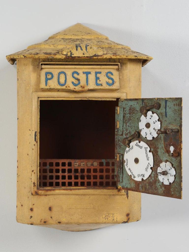 Antique French Delachanal Paris Mailbox in Original Paint, circa 1918 For Sale 2
