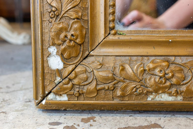 Antique French Distressed Gold Louis Philippe Mirror with Floral Details For Sale 2