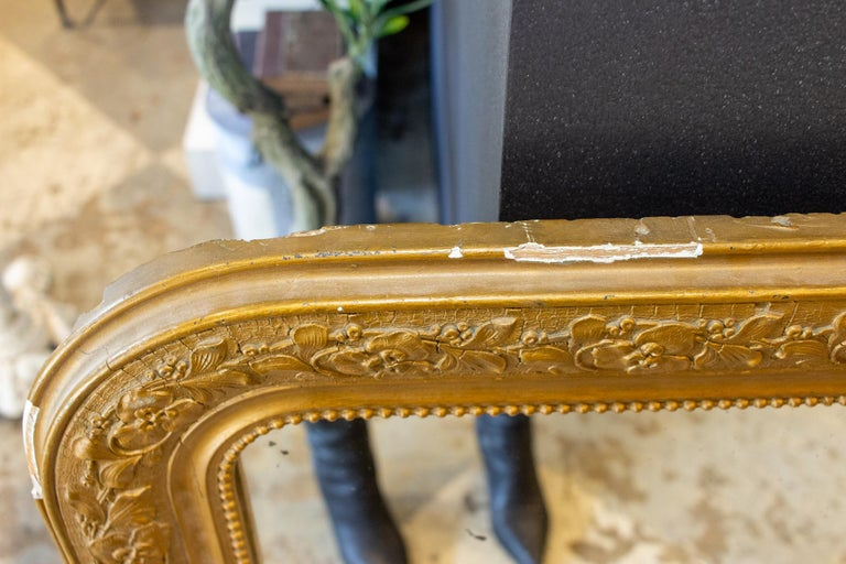 Antique French Distressed Gold Louis Philippe Mirror with Floral Details For Sale 5