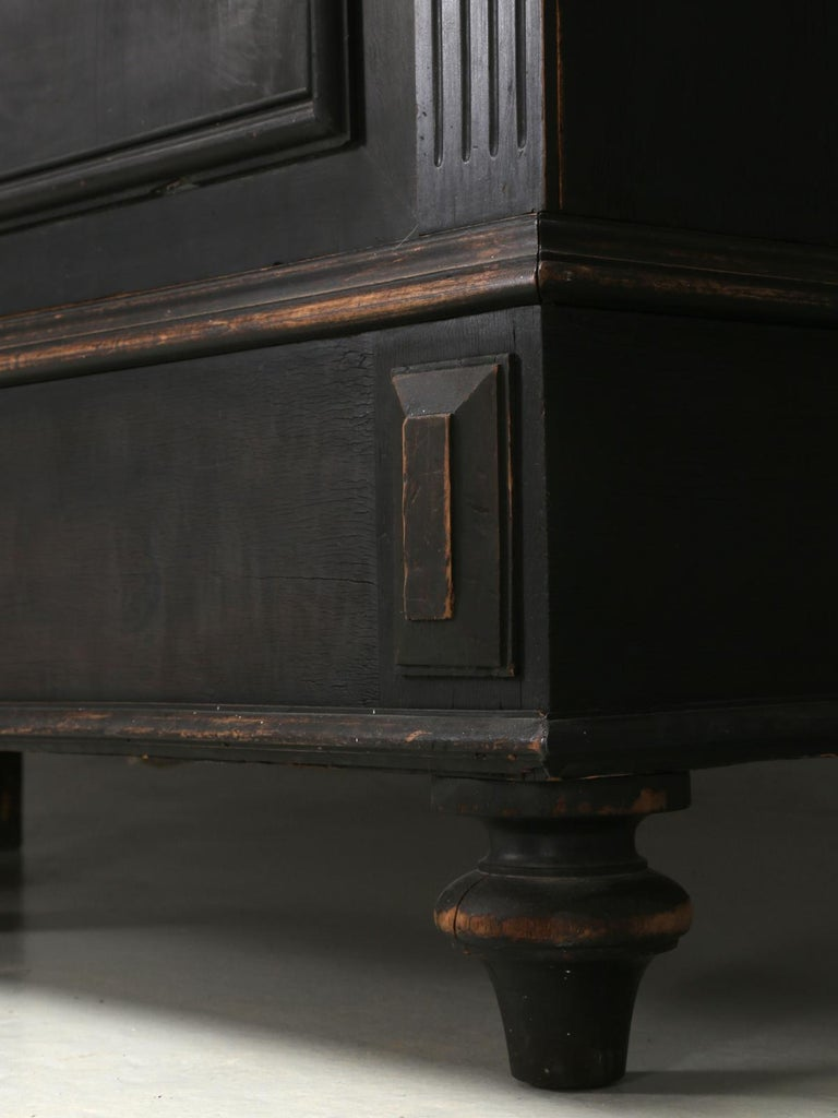 Antique French Ebony Bookcase, in Its Original Finish 7