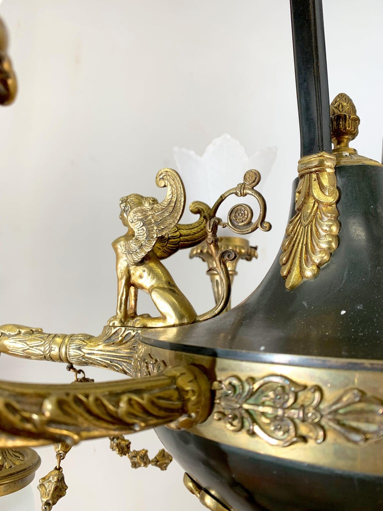 Antique French Empire Style Gilt Bronze Chandelier with Sphinx & Eagle Sculpture For Sale 1