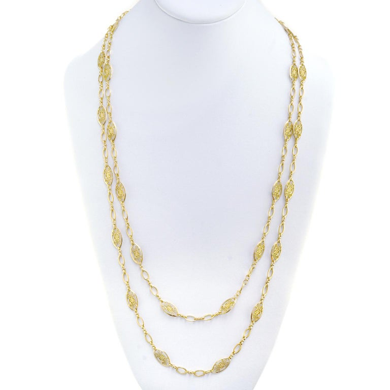 Antique French Filigree Chain Necklace In Excellent Condition For Sale In Litchfield, CT