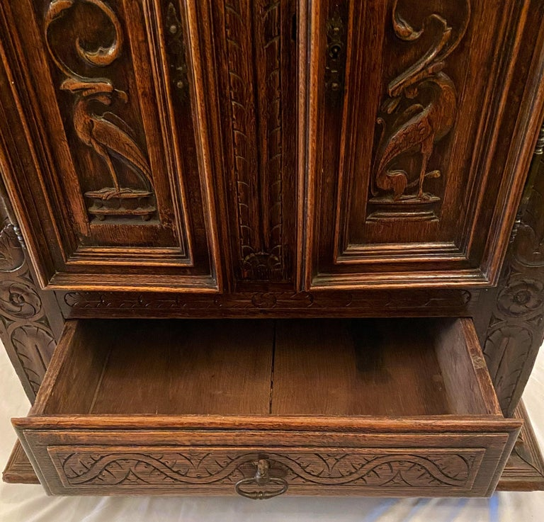 Antique French Finely Carved Oak Night Table, circa 1870-1880 For Sale 1
