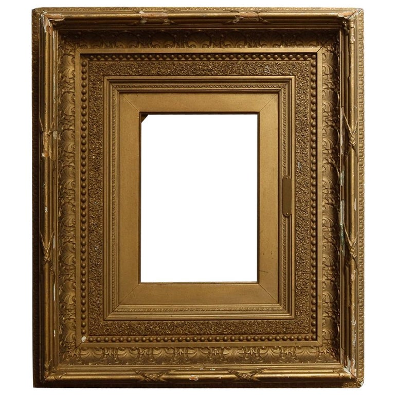 Antique French First Finish Giltwood Art Frame with Ginkgo Leaves, 19th Century For Sale