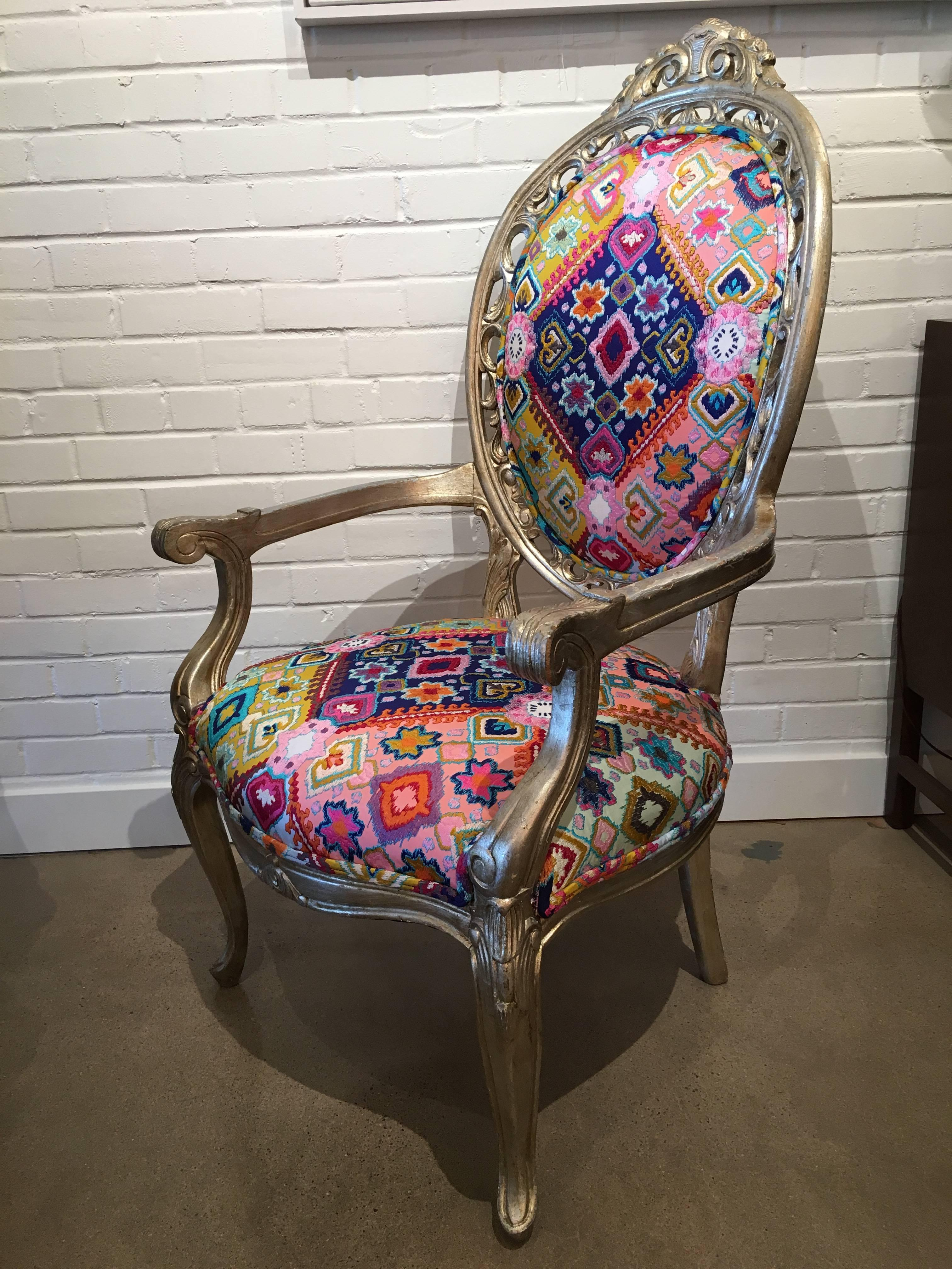 Antique French Gilded Chair Recently Reupholstered In Pierre Frey Fabric  For Sale 3