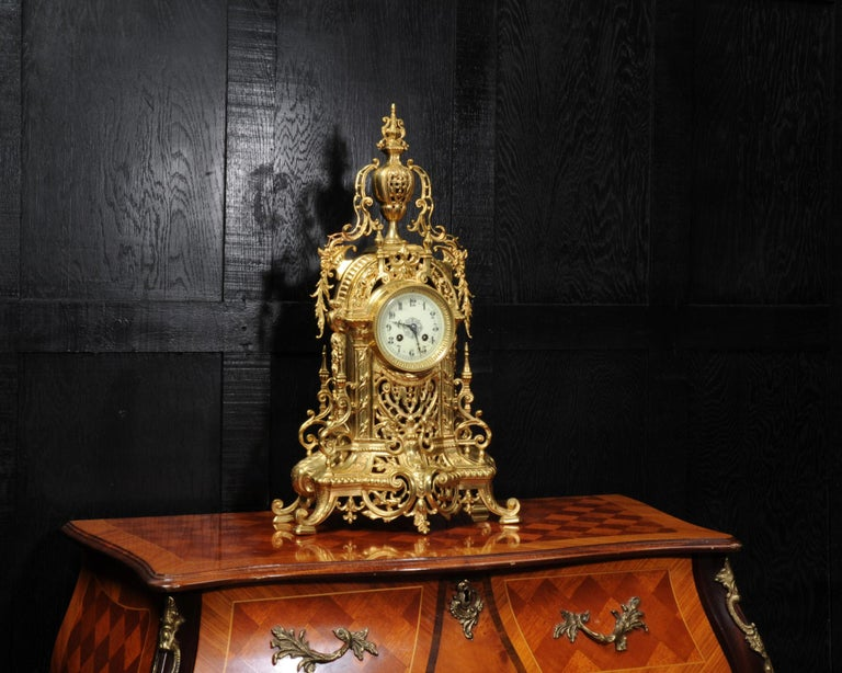 Antique French Gilt Bronze Baroque Clock In Good Condition For Sale In Belper, Derbyshire