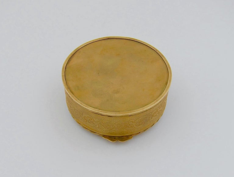 Antique French Gilt Bronze Vanity Box with a Hand Painted Enamel Portrait For Sale 5