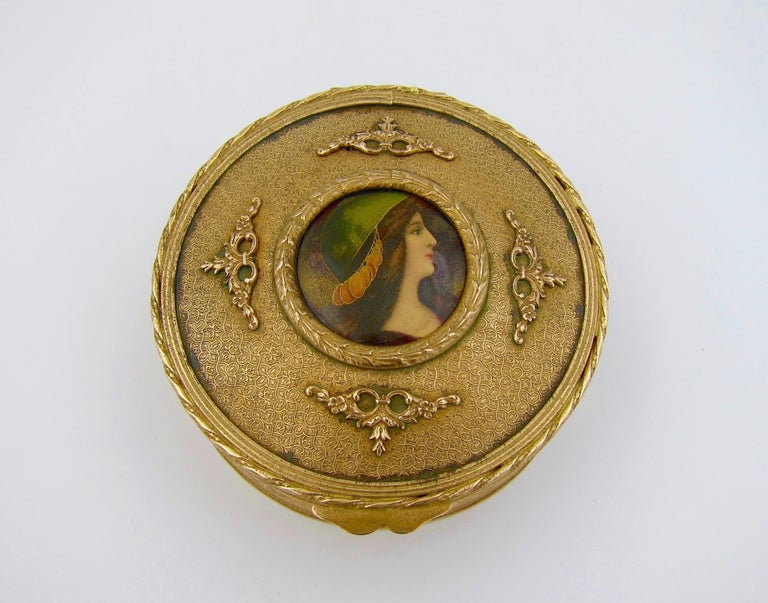 Antique French Gilt Bronze Vanity Box with a Hand Painted Enamel Portrait For Sale 3