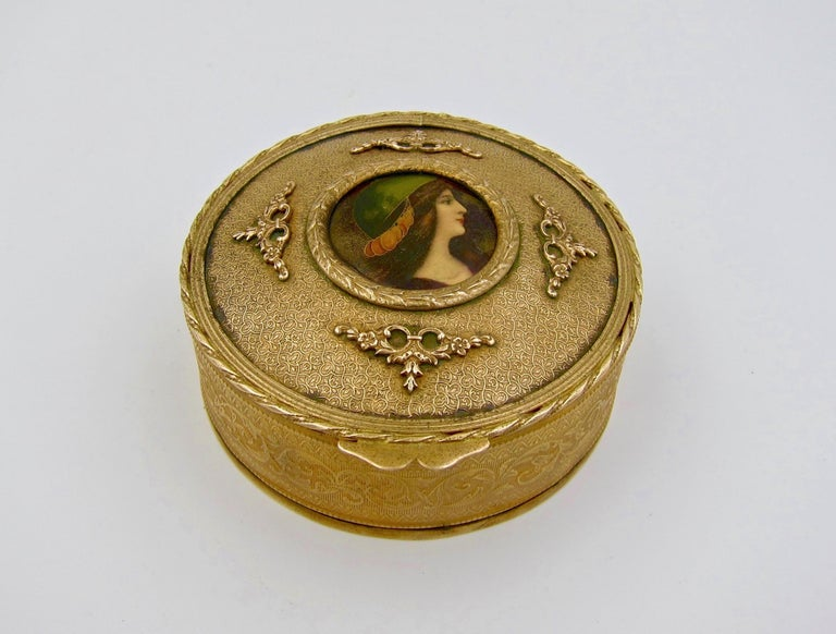 Antique French Gilt Bronze Vanity Box with a Hand Painted Enamel Portrait For Sale 4