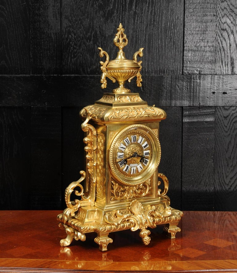 Antique French Gilt Bronze Louis XVI Clock In Good Condition For Sale In Belper, Derbyshire