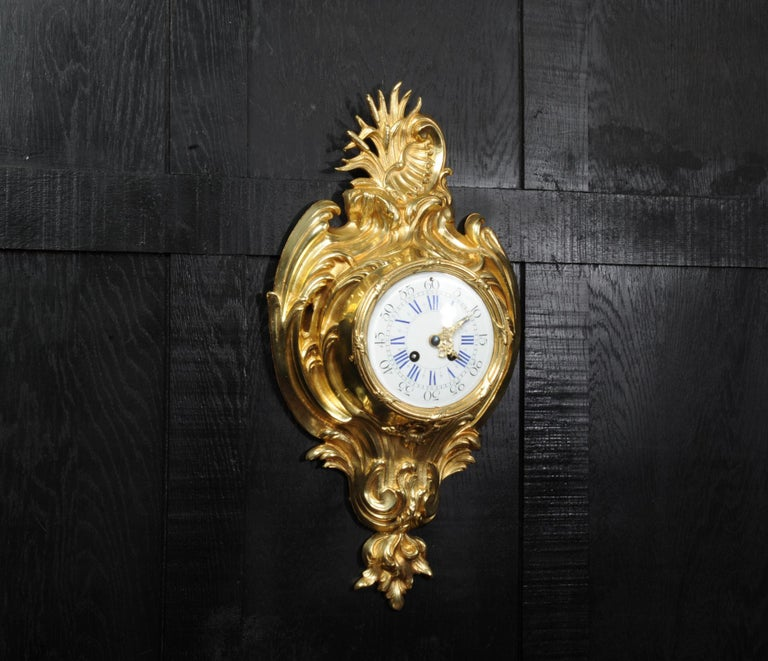 Antique French Gilt Bronze Rococo Cartel Wall Clock In Good Condition For Sale In Belper, Derbyshire