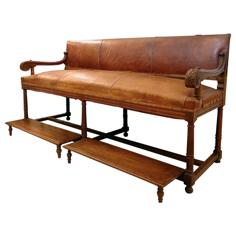 Antique French Hotel Entrance Sofa or Gentlemen's Shoe Shine Bench, circa 1900 For Sale