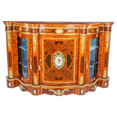 Antique French Kingwood and Marquetry Serpentine Credenza, 19th Century