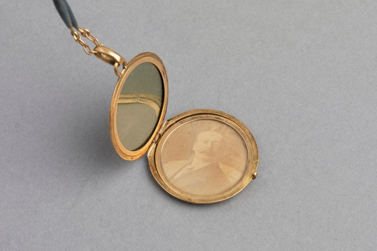 Antique French Locket Necklace, Gold and Enamel 7