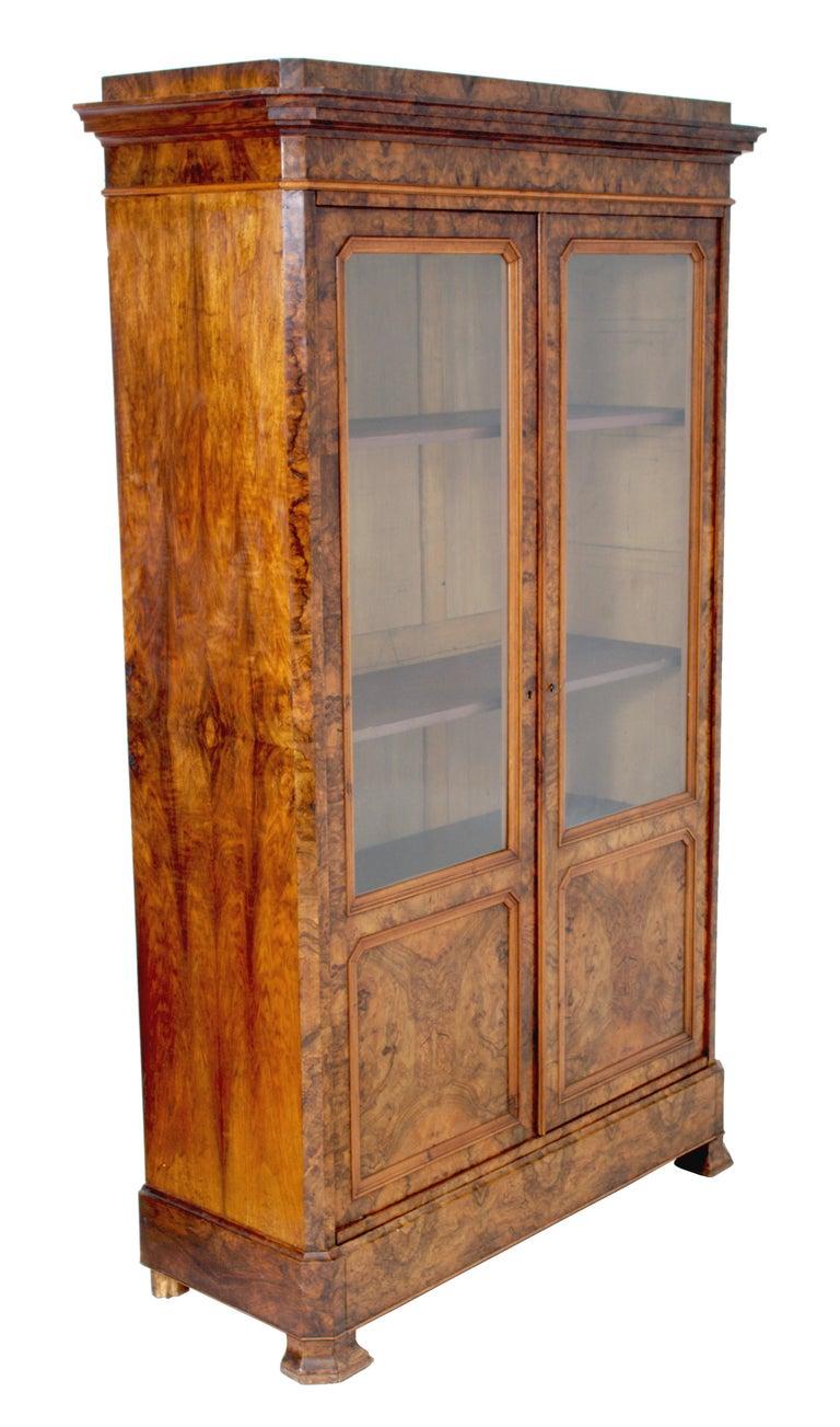 Antique French Louis Philippe Burl Walnut Bookcase / Cabinet, circa 1830 For Sale 1